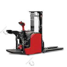 1.4T 1.6T Linde Stand-on Electric Pallet Stacker