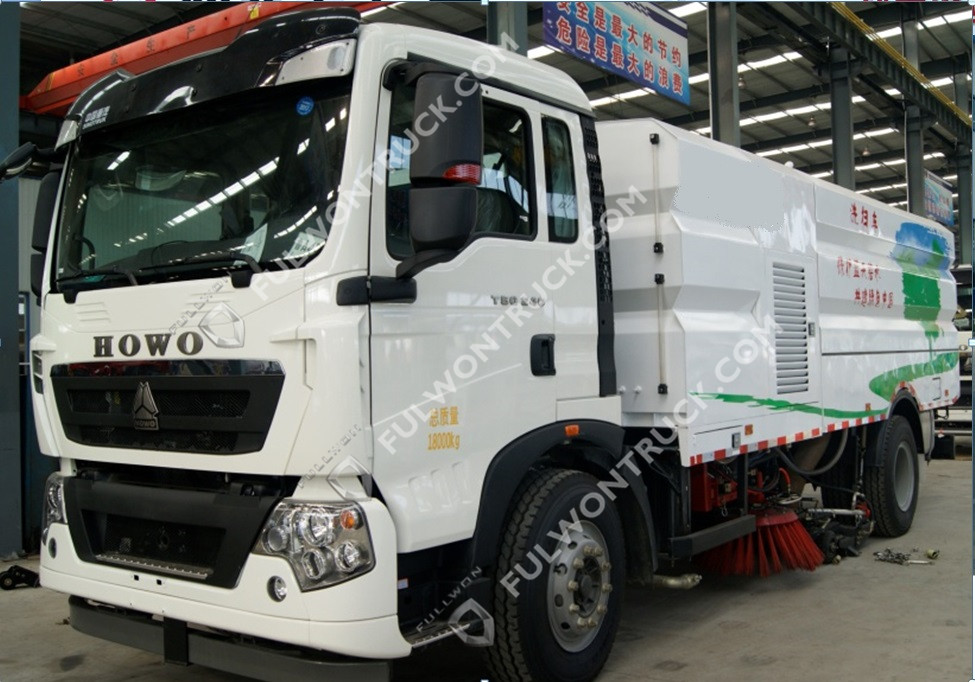 Fullwon Truck Mounted Road Cleaning Sweeper Truck (pressure Water Washing) HOWO Chassis